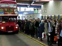 Bus queue