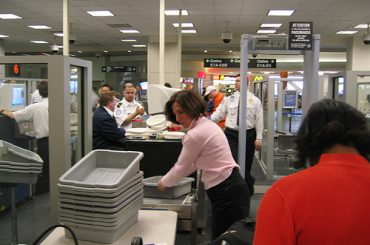 Airport security - CC / Flickr