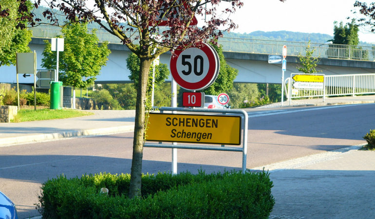 More transparency needed – an EU citizen can't currently know when and where Schengen is suspended